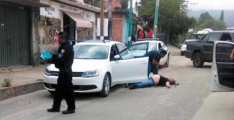Atentado. Raymundo y Gerardo Javier fueron lesionados a balazos al ser emboscados por varios sujetos armados en la avenida Vicente Guerrero, de la colonia Maravillas, de Cuernavaca.