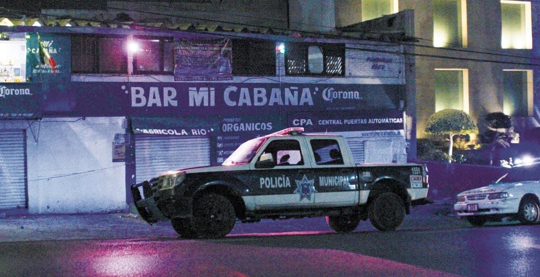 Pleito. Un ex militar fue herido a balazos en un riña en un bar de la colonia Buena Vista, de Cuernavaca.