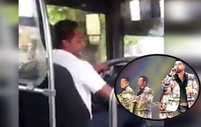 Banda MS encuentra a microbusero que canta con el 'corazón'