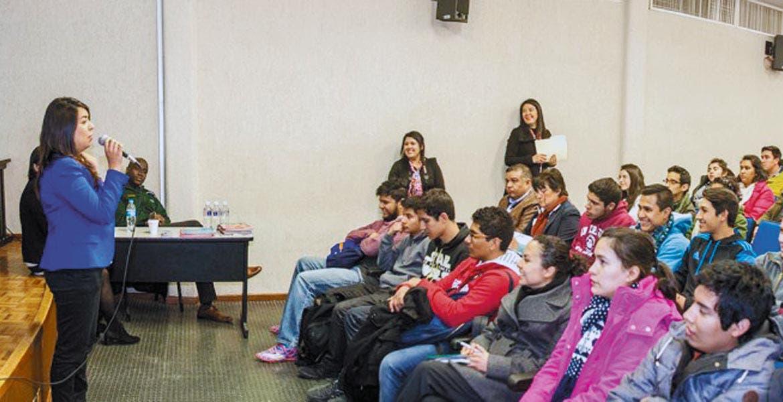Previsión. Se estima que en 3 años sean 360 estudiantes mexicanos los que se beneficien con el programa de becas.