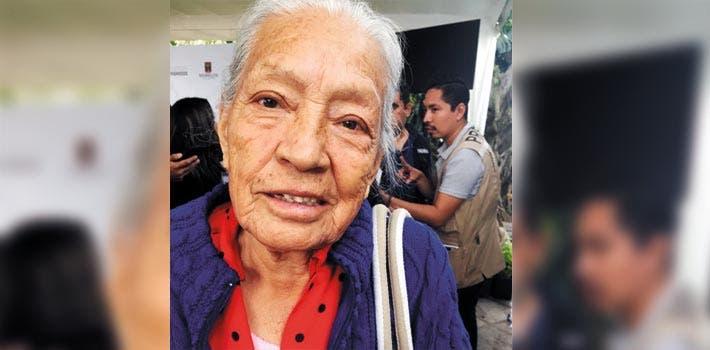 Contenta. Petra Gómez conocerá por primera vez a sus nietos y hasta a sus bisnieos