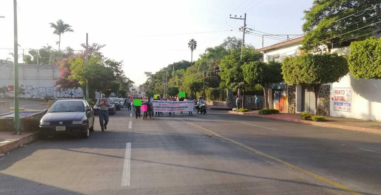 Cuarta marcha y bloqueo consecutivos en Cuernavaca. ¿Habrá quinto malo este viernes?