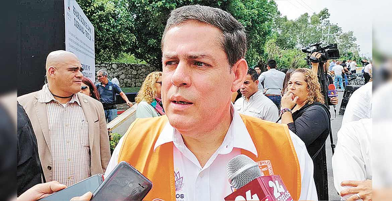 Busca Ejecutivo de Morelos con SCT reanudar proyectos de obra carretera
