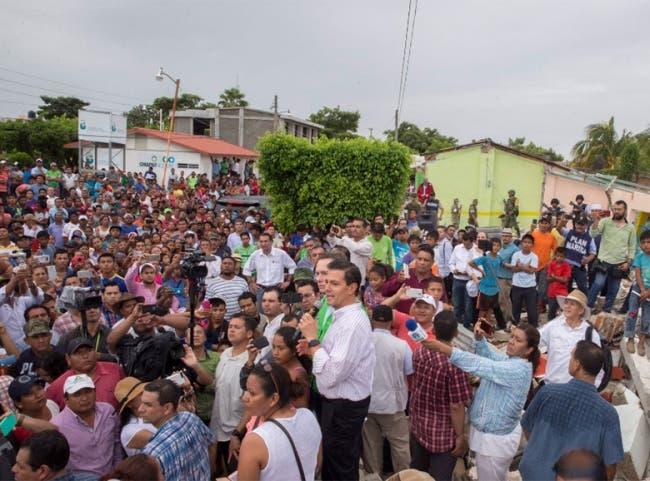 Peña adelanta Grito con damnificados en Chiapas
