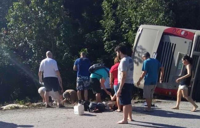 Autobús se desploma en Quintana Roo; hay 12 muertos y 19 heridos