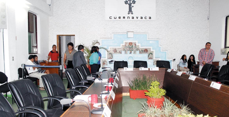 Sesión. Integrantes del cabildo postergaron la aprobación del dictamen emanado del Congreso del Estado