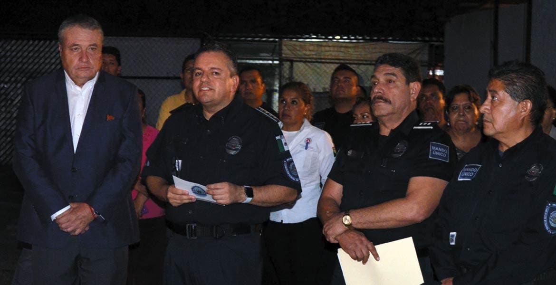 Señalan. El viernes en la noche Jesús Alberto Capella y Francisco Viruete informaron de los cambios de mandos en Cuernavaca, Cuautla, Jiutepec y Yautepec.