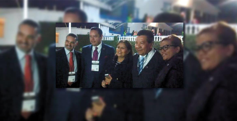 Se concreta reelección. Luego de una accidentada asamblea, César Ayala Franco rindió protesta como presidente de la delegación de la Canacintra para un periodo más.
