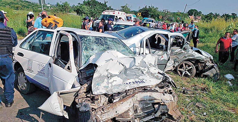 Deja 'carreterazo' 5 lesionados en Tlayacapan