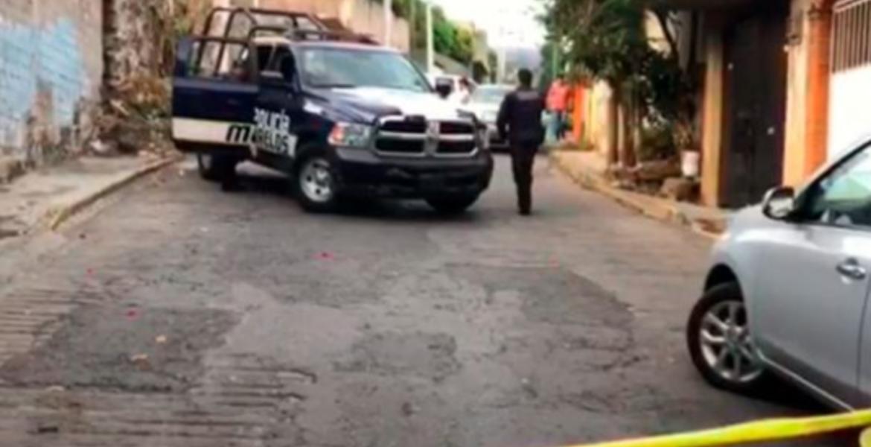 Una joven y su novio aparecen enterrados en casa de ex pareja de ella, en Cuernavaca
