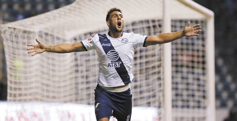 ¿Lucas Cavallini se queda en Puebla?