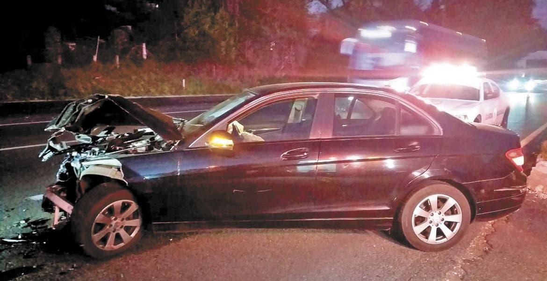Chocan dos autos en autopista México-Cuernavaca