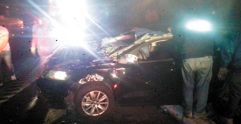Percance. Los jóvenes se dirigían hacia Cuernavaca a las 01:00 horas de ayer, cuando ocurrió el accidente.