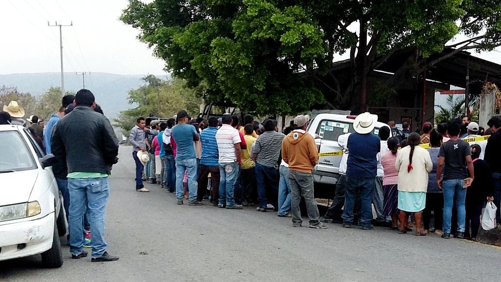 El crimen. Un hombre fue asesinado a balazos, tras ser emboscado cuando atendía su negocio de mojarras en Tetlama, en Temixco.