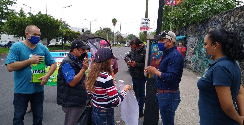 Atienden a comerciantes de Cuernavaca que bloquearon bulevar Cuauhnáhuac