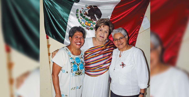 Yolanda Munive, Pita Monter y Velia Acosta