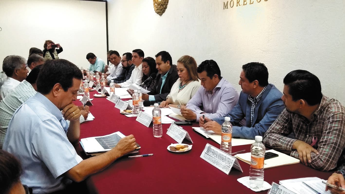 Reunión. Programarán encuentro con la Comisión de Hacienda.