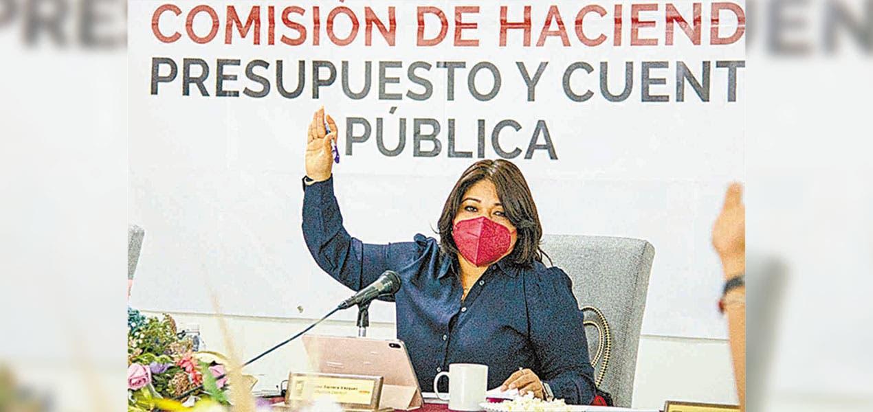 Comisión Hacienda Morelos Ariadna Barrera