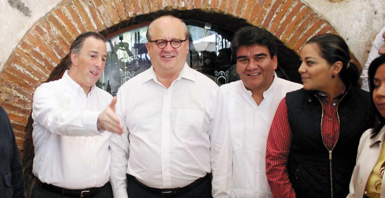 Próximo. El próximo lunes el Gobernador Garco Ramírez, presidente de la Conago, y el secretario de Hacienda, Jorge Meade Kuribreña, sereunirán para tratar la apertura del mercado del combustible.