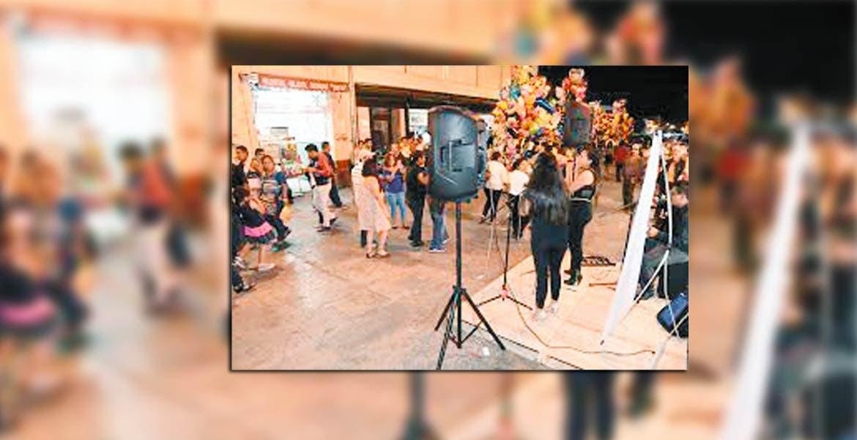 Movidos. En noviembre de 2016, el alcalde Raúl Tadeo inauguró el corredor de arte y cultura.
