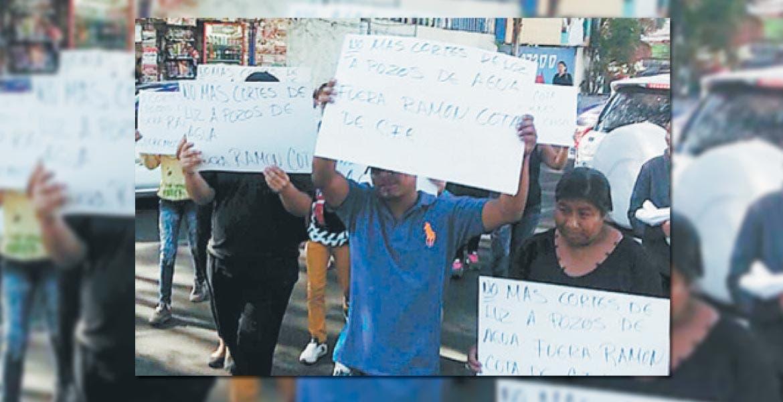 Molestia. A principios del mes, habitantes se manifestaron en contra de los cortes de luz a los equipos de bombeo de agua potable