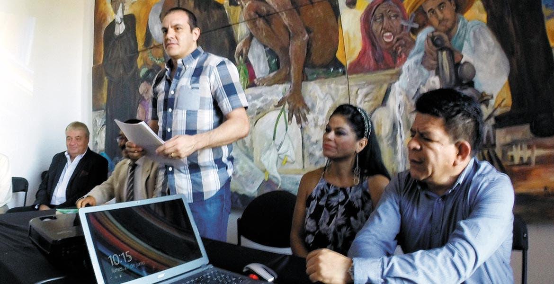 Inauguración. El alcalde de Cuernavaca, Cuauhtémoc Blanco, dio por iniciados los trabajos del curso de capacitación sobre los reglamentos y lineamientos del gobierno municipal.