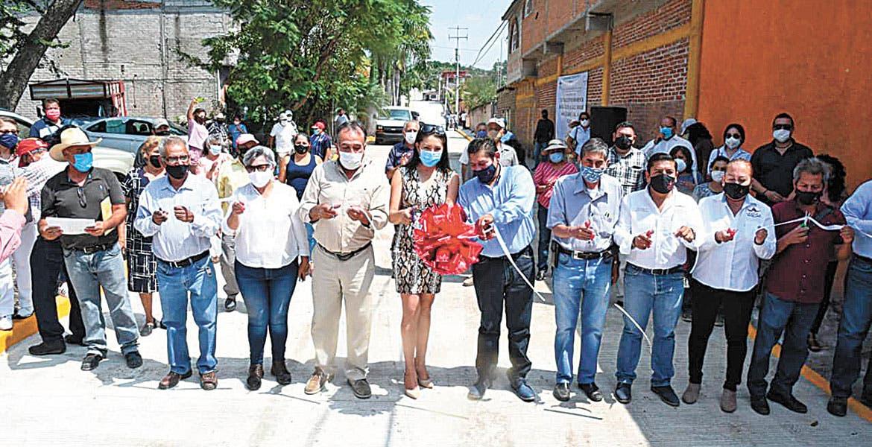 Inauguran calles en Cuautla