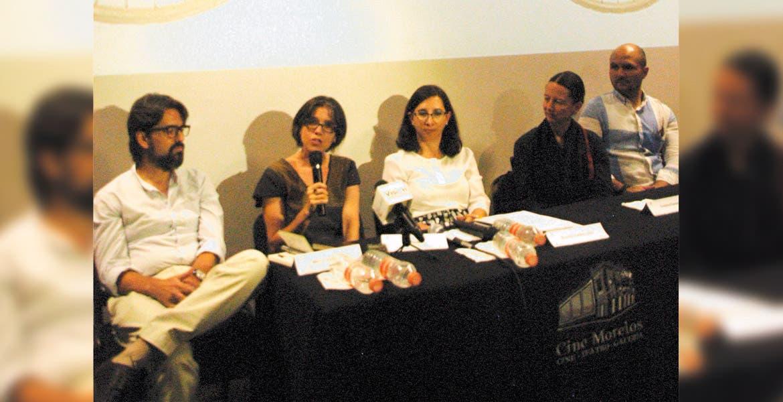 Presentación. Representantes de la Secretaría de Cultura, Desarrollo Sustentable, Innovación, duramte el anuncio de la exposición.