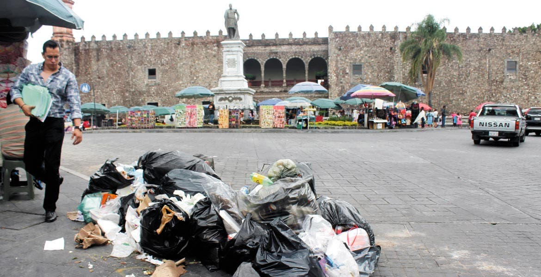 Recolección. Buscan crear conciencia en los habitantes para que lleven la basura a los camiones recolectores del Ayuntamiento.