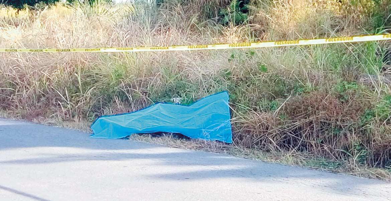 Diligencias. Un hombre fue asesinado a balazos y abandonado en los campos Los Limones, de la colonia Vicente Guerrero, de Yautepec.