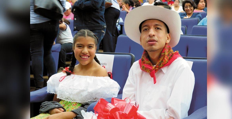 Atiende IEBEM a gran población El Departamento de Educación Especial en el IEBEM atiende a aproximadamente cinco mil alumnos con discapacidad, a partir de 3 años y hasta la adultez, a través de los 23 CAM y las 73 unidades de Servicios y Asistencia a la Educación Regular (USAER) en Morelos