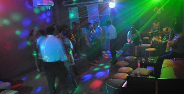 Tras golpiza por guardia de seguridad de un bar, muere una joven en Cuernavaca