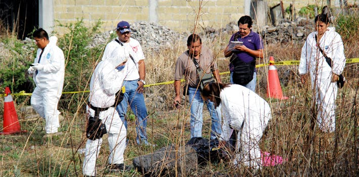 Diligencias. Un hombre decapitado, abandonado en Yautepec y Cuernavaca fue usado como mensajero para amenazar al alcalde.
