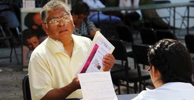 Defunciones. Según el INEGI, los adultos mayores son el sector de la población que más fallecimientos regista, con un 63.8 por ciento