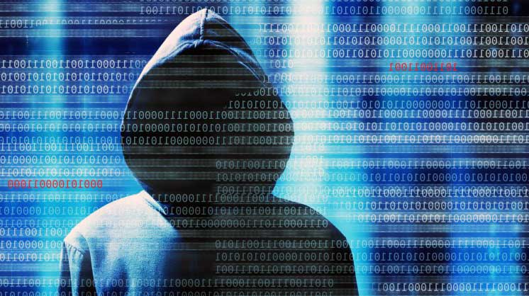 Ante el aumento de reclamaciones por posible fraude cibernético, la Condusef llama a 'blindar' datos personales al navegar y usarlos en internet