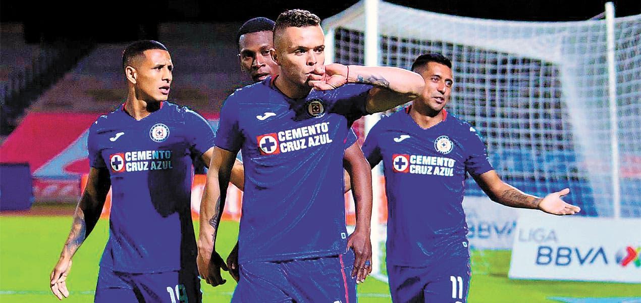¡Maquinaria pesada! - Cruz Azul le pega a los Pumas