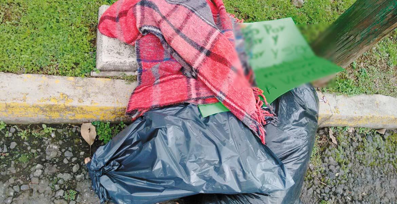 Hallazgo. Un hombre fue descuartizado y abandonado en dos bolsas negras, con un narcomensaje, en calles de la colonia Rancho Cortés, de Cuernavaca.