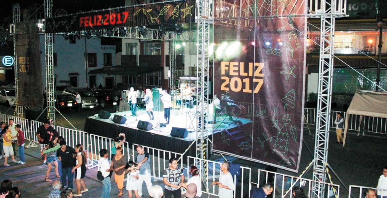 Alegría. Djemberé, Piel Kanela y Son de Tepoztlán pusieron a bailar a morelenses y turistas.