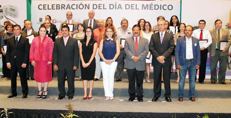 Celebración. Ángela Patricia Mora, titular de la Secretaría de Salud, encabezó los festejos por el Día del Médico, que fue el 23 de octubre.