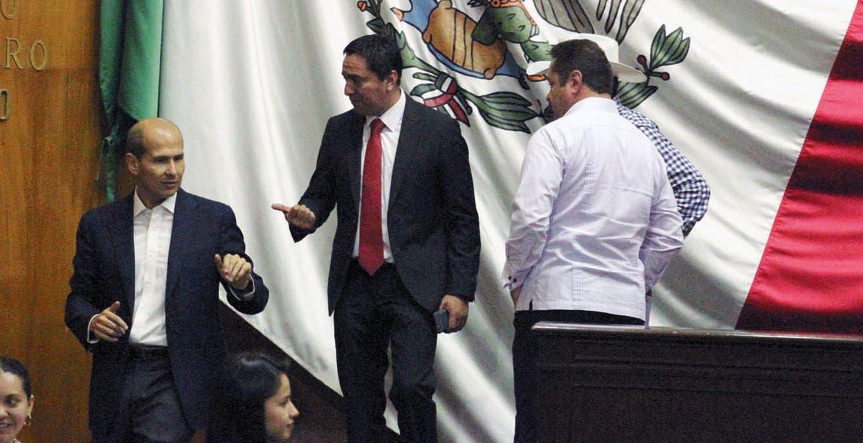 Denuncia. Diputado Alberto Martínez exhibió a ayuntamientos que no cuentan con área de atención para personas con discapcidad y adultor mayores.