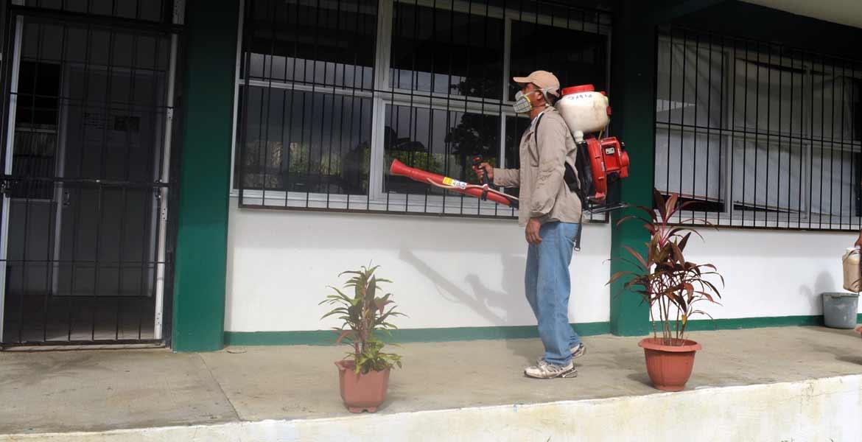 Tregua. Durante las vacaciones se suspendieron las visitas a los planteles, pero las acciones han sido retomadas para prevenir un mayor número de casos de dengue.