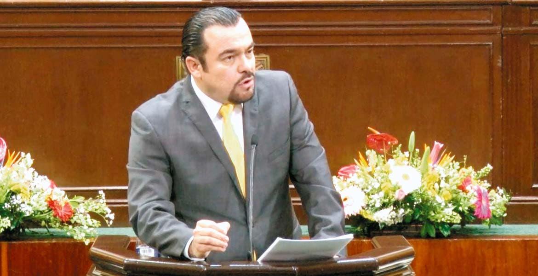 Agenda. El diputado Julio Espín dijo que la agenda legislativa del Sol Azteca es amplia y de gran beneficio de la población, en la apertura de los trabajos legislativos.