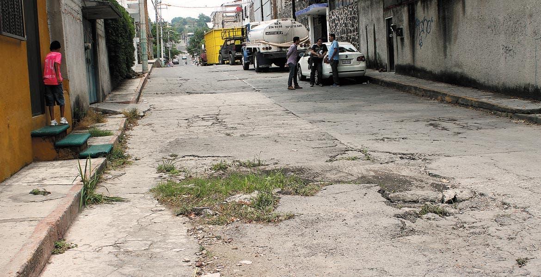 Trabajos. Profesionistas consideran que las obras están paradas en los municipios por que no hay estrategias para la obtención de recursos.
