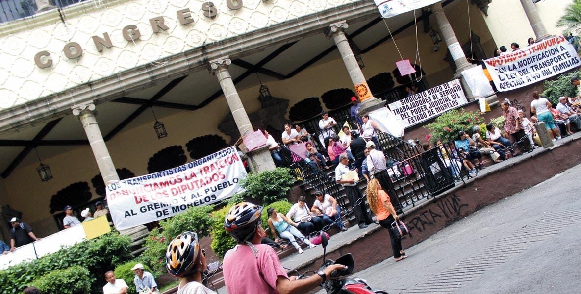 Al pie. Sindicalizados piden reversa a reformas ICTSGEM.