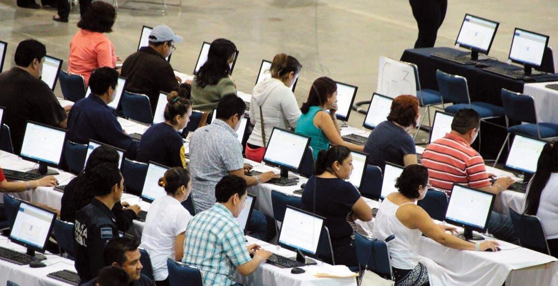 La prueba. Doce profesores no cumplieron con cuatro puntos de la Evaluación Nacional Docente y están en riesgo de perder su plaza.