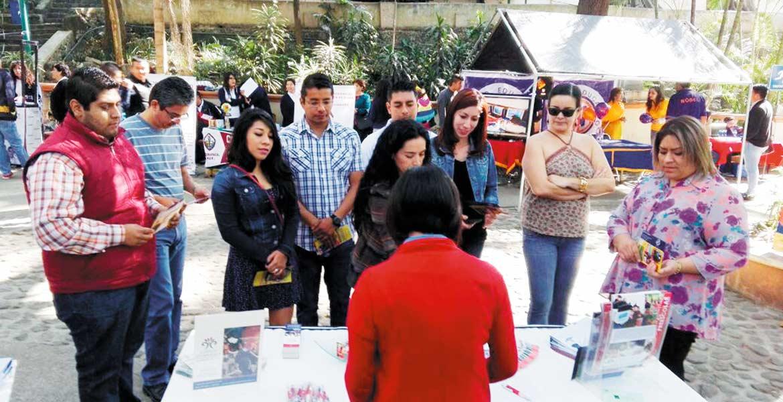 Oferta. Con el fin de contar con información para dar continuidad a los estudios, el Ayuntamiento promueve difusión de los planteles educativos.