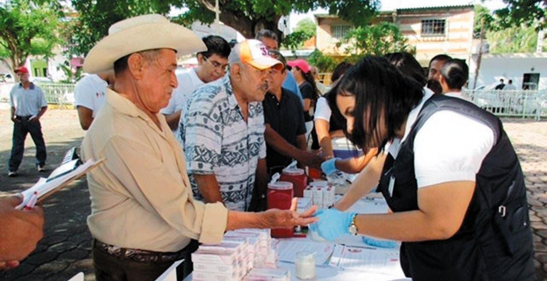 Programa. La Jurisdicción Sanitaria realizó una feria de la salud para hombres en la comunidad de San Mateo, en Puente de Ixtla.