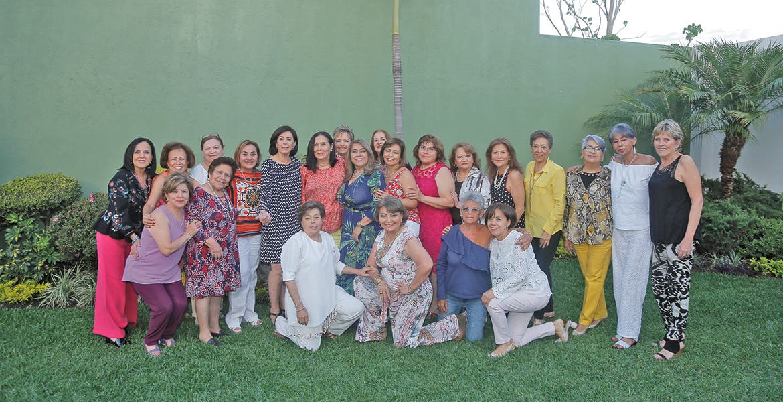 Yolanda Chevez Celebro Su Cumpleanos Con Una Gran Fiesta Diario De