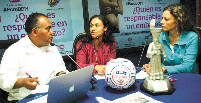 Consejo. La especialsta en salud de adolescentes, Yurika Ríos, recomendó a los padres superar el temor a hablar de sexo abiertamente con sus hijos, ya que estudios demuestran que los adolescentes mejor informados inician más tarde su vida sexual.