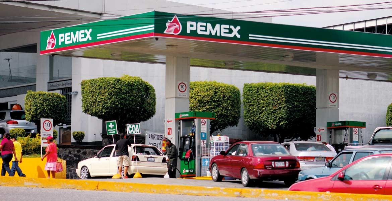 El nuevo año traerá aumentos a los combustibles de más de 2 pesos por cada litro; en el mes febrero los incrementos se darán cada día